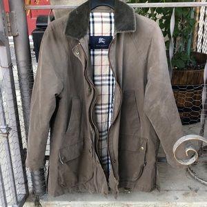 🦋Burberry Jacket 🦋
